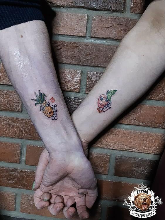 сделать тату на руках (парное) фрукты в Красноярске