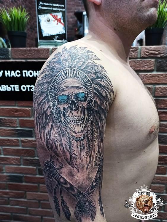 Сделать тату на плече череп индеец в Красноярске