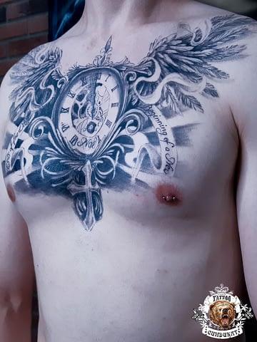 сделать тату на груди часы с крыльями в Красноярске