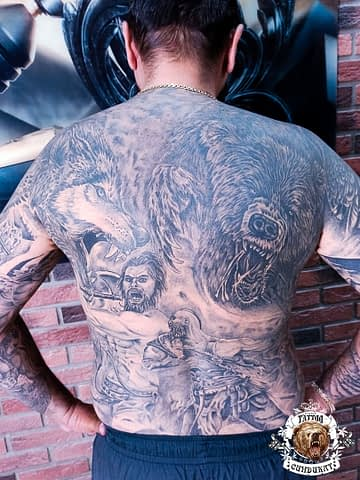 сделать тату на спине в Красноярске