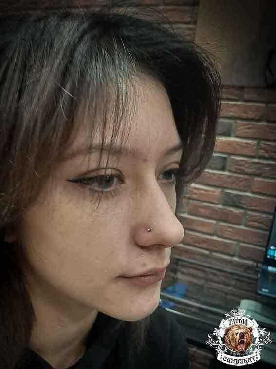 сделать пирсинг (прокол) в носу в Красноярске