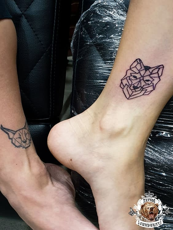 сделать тату на ноге лиса графика в Красноярске