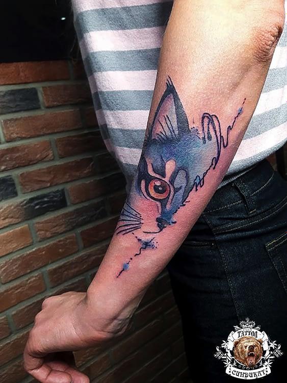 сделать тату на руке кот в Красноярске