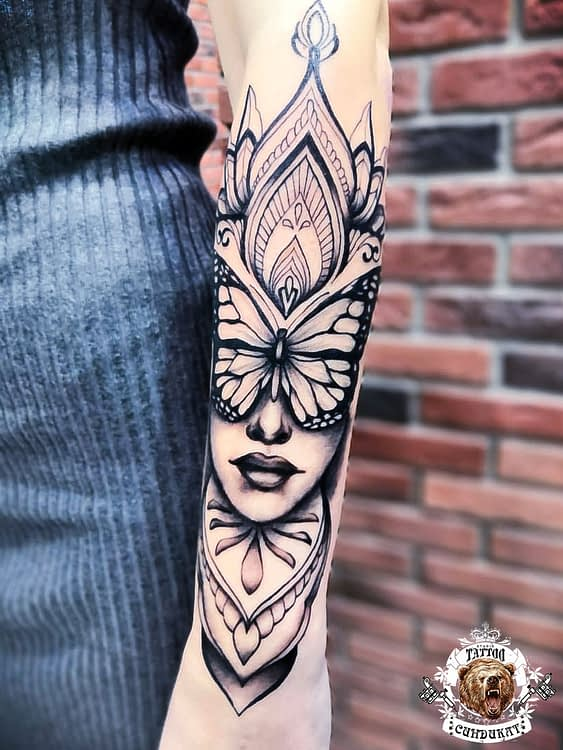 сделать тату на руке девушка с бабочкой в Красноярске