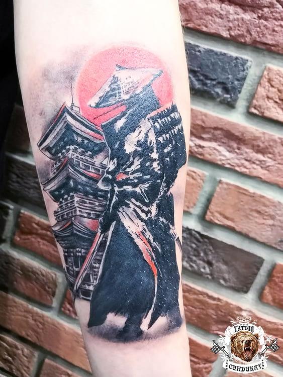 сделать тату на руке самурай в Красноярске