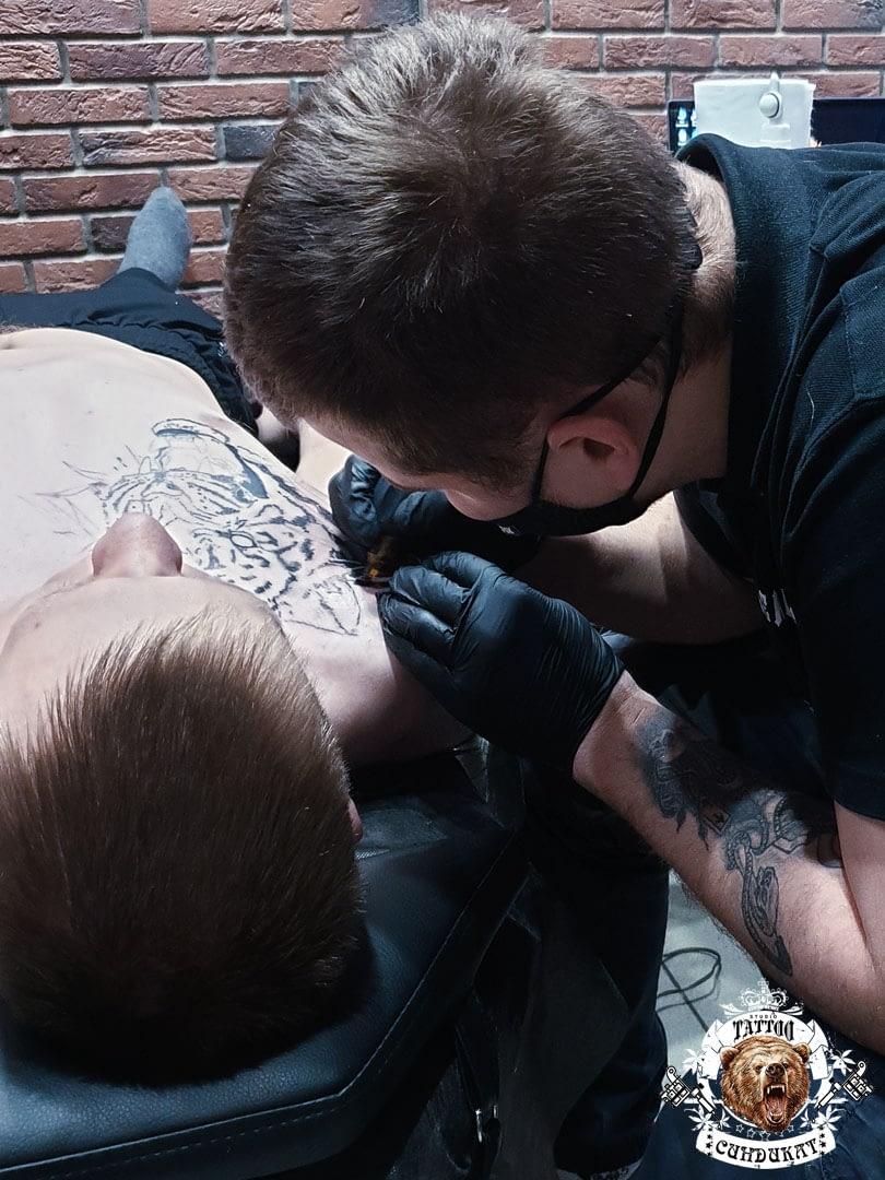 Сделать тату на груди ягуар в Красноярске