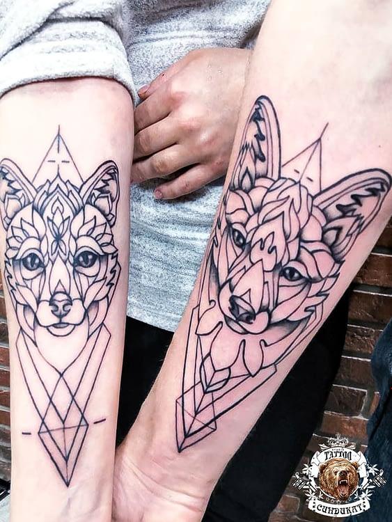 сделать тату на руке парное графические животные в Красноярске