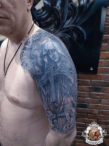 сделать тату на плече дева мария в Красноярске
