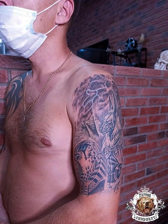сделать тату на руке египетские боги в Красноярске