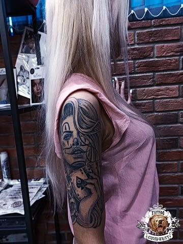 Сделать тату на плече Катарина (стиль чикано) в Красноярске